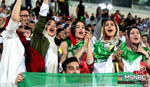 이란, 드디어 축구장 여성에게 문열다