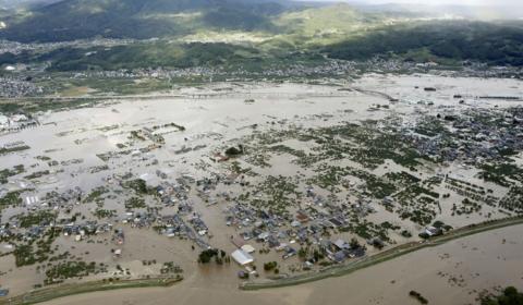 태풍 하기비스로 어려움을 겪고 있는 일본, 일본인들과 일본의 교회, 그리스도인들을 위하여....